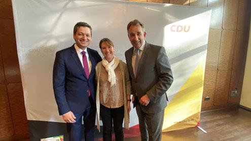 Die stellv. Gemeindeverbandsvorsitzende überbrachte Christian Baldauf Glückwünsche nach der gewonnenen Wahl. Mit dabei auch der Kreis- und Bezirksvorsitzende Matthias Lammert.
