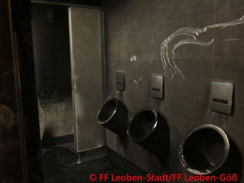 Feuerwehrr; Blaulicht; FF Leoben-Stadt; Brand; Tiefgarage; Hauptplatz;