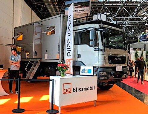 Expedition Vehicle Trade Show Management organisation preparing moderation presentattion Messe Berater Beratung beraten Beraterin Fair consulting expeditionsfahrzeug fernreisemobil consultant conbsultancy consultants messe business expo expert specialist