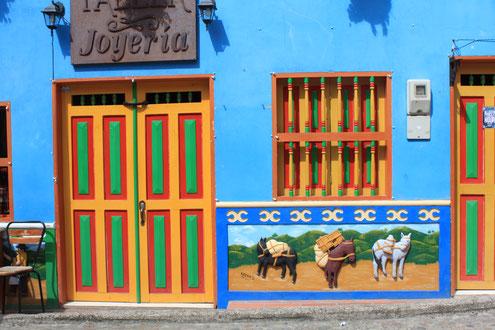 Tagesausflug nach Guatape und Piedra del Penion mit KOLUMBIENline