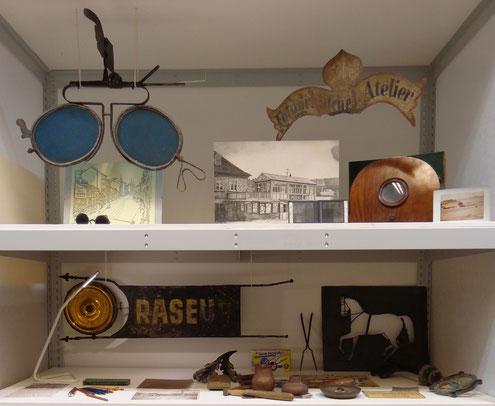 Geschäftszeichen aus der Schausammlung des Bezirksmuseums Alsergrund (ALSEUM)