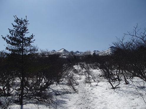 勢至平より安達太良の山々
