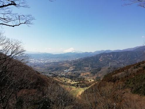 高取山付近から見る富士山