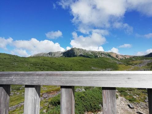 雲ノ平山荘より水晶岳
