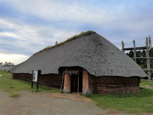 大型竪穴建物