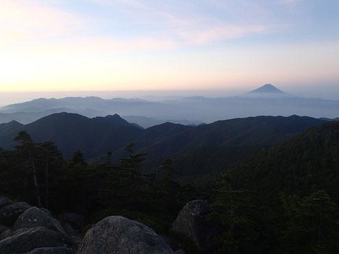 前国師付近からの富士山
