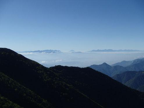 種池山荘より富士山