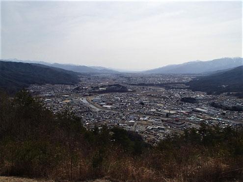 大城山から伊那平