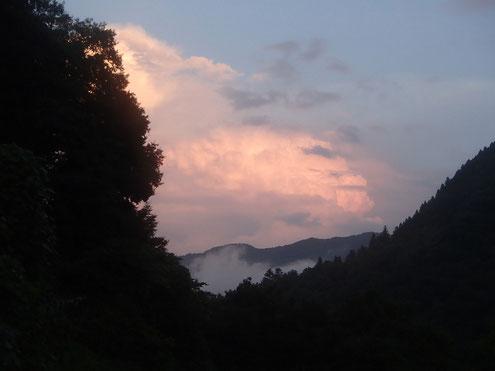 夕暮れの雲