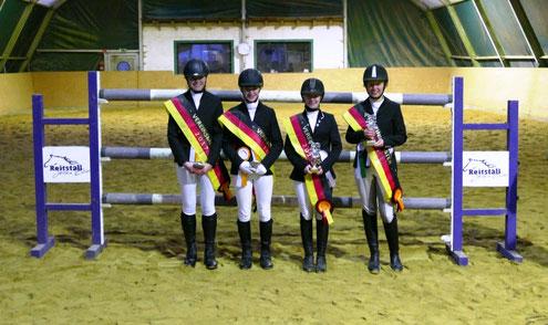 Die Vereinsmeister im Reiterwettbewerb, Caprilli Wettbewerb, E-Dressur und E-Springen