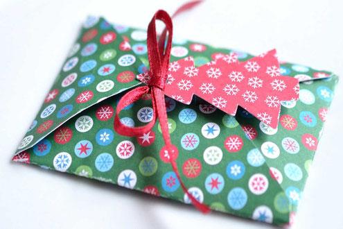 Geschenkgutschein in einer schönen Verpackung.