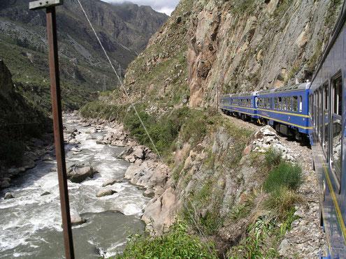 Auf Schienen auf dem Weg nach Machu Picchu