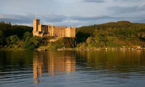 Castle Dun Bheagan / Castle Dunvegan See-Seite