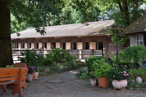 Bild: Der gemütliche Innenhof des Garbers-Hof steht Ihnen zur Erholung zur Verfügung.