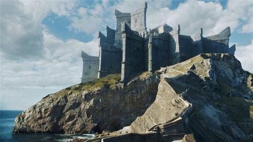 Man soll nicht nach dem Äußeren urteilen. Bei Burg Drachenstein kommt es auf die inneren Werte an.