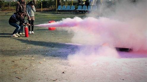 初期消火の要である消火器