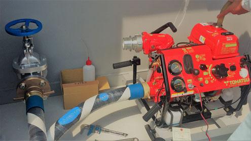動力消防ポンプは燃料を用いるため消火栓と異なり電源が不要