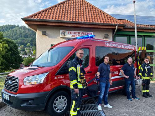 von links: Dominik Liehr (stellv. Wehrführer), Jannik Weber (2. Vorsitzender), Frank Dittmar (1. Vorsitzender), Fabian Baumann (Wehrführer)