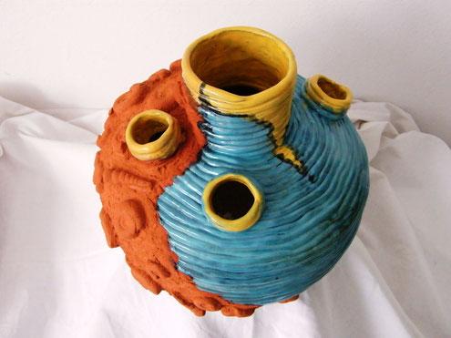 """Keramikskulptur """" Die Erde"""" - Künstlerin Vesna Rau"""