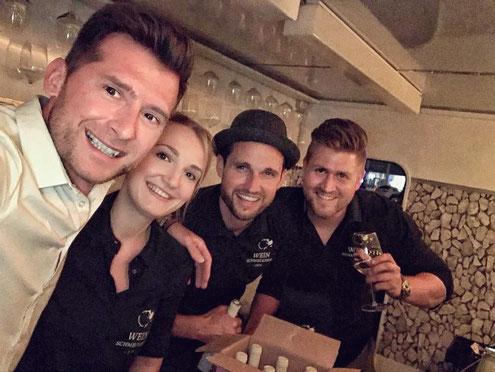 Weinschmeckeria Wein Truck Catering Team