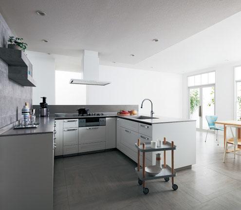 コの字型キッチン 料理動線が短くて便利