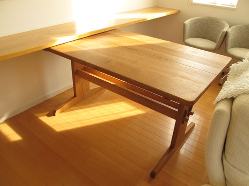 岐阜県 家具工房 縦型セパレートテーブル 家具工房ウッドスケッチ