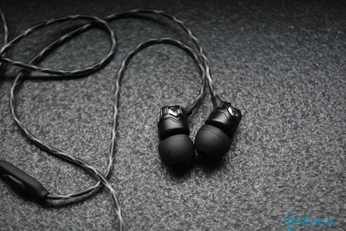 V-Moda Zn  In-Ear / Praxistest auf www.audisseus.de / Foto: Fritz I. Schwertfeger