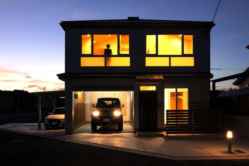 ガレージハウス 設計 インナーガレージ 照明