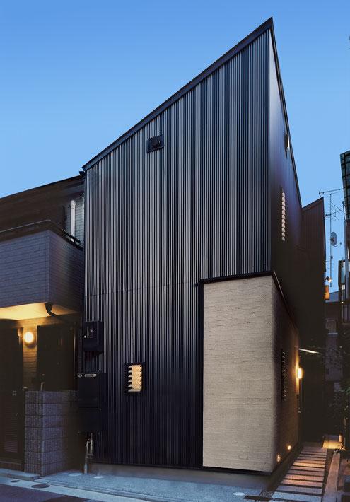 狭小住宅 設計 ガルバリウム鋼板
