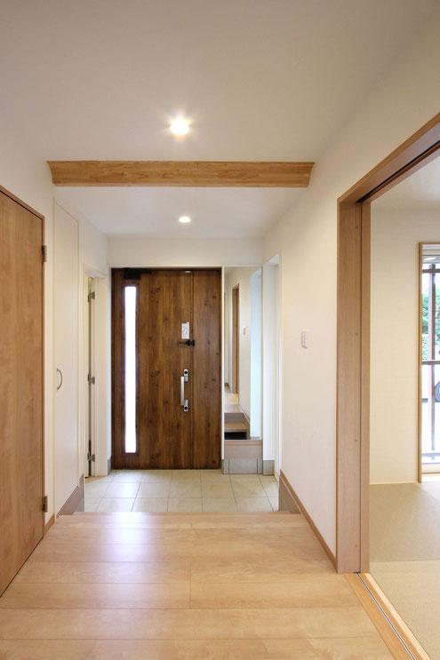 住宅 設計 子育て 玄関 鏡