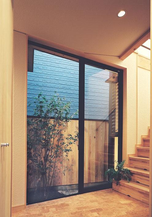 狭小住宅 設計 坪庭 中庭