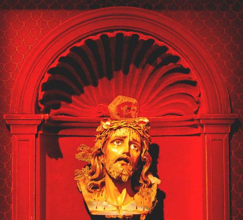 religiöse Darstellungen verschmolz Dali oft mit Traumvorstellungen