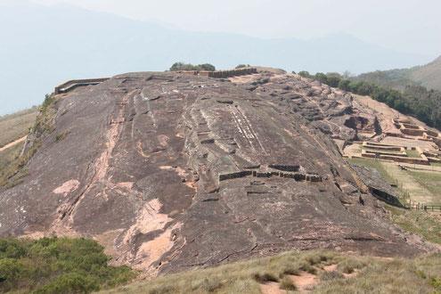 UNESCO Weltkulturerbe fuerte de Samaipata - BOLIVIENline bringt Sie hin