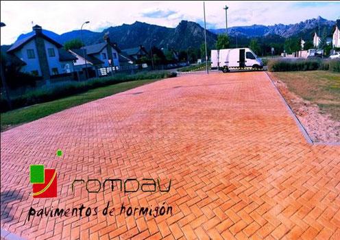 pavimentos de hormigón impreso Guadalajara, foto hormigon impreso piedra inglesa con cenefa ladrillo