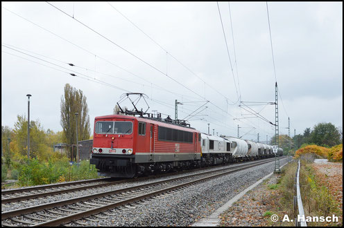 Am 30. Oktober 2016 wird Dgs 88982 (Regensburg Bayernhafen - Fredersdorf DB-Grenze) über Chemnitz umgeleitet. In Furth erwartete ich den Zug, der von 155 195-1 (MEG 704) vor 077 023-5 angeführt wird