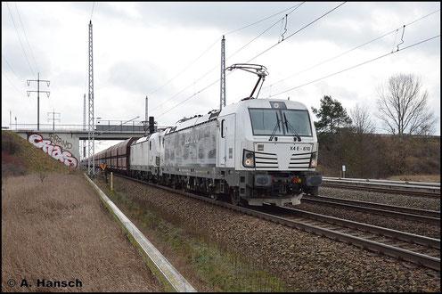 193 610-3 hat am 5. Februar 2016 Vorspanndienst vor Schwesterlok 193 608-7, die einen schweren Kohlezug durch Berlin Französisch-Buchholz stadtauswärts ziehen