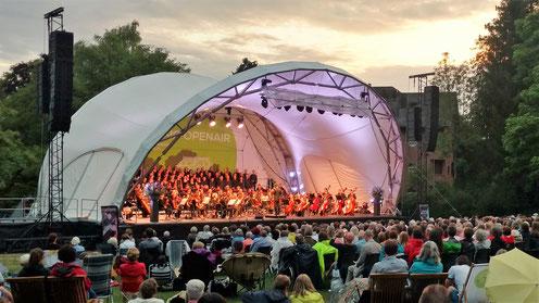 Klassik Open Air, Open Air Bühne, Konzertmuschel, Open Air Konzert, Konzertbühne, Rundbogenbühne