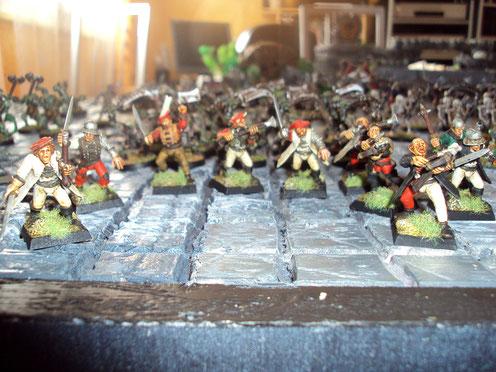 Milice et mercenaires, à l'assaut !