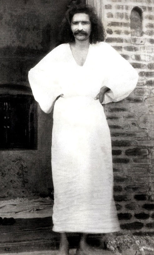 1928 ; Meher Baba at Toka, India
