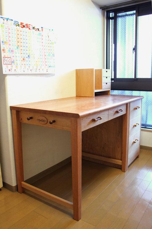 シンプル学習机(厚木市・K様邸)