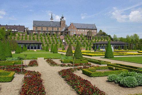 Kloster Kamp mit Terrassengarten