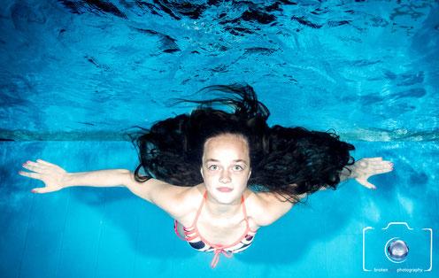 Bild: Unterwasserbilder von Kindern unter Wasser in Templin, Berlin, Potsdam, usw.