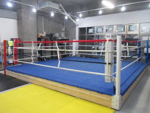 ボクシング公式サイズのリング