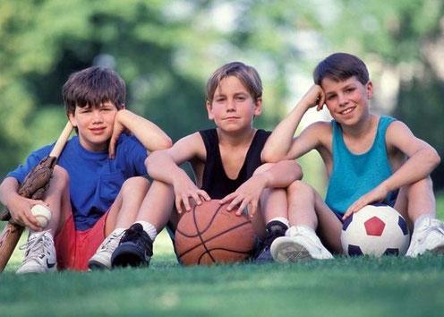 Juegos predeportivos: fútbol, baloncesto...