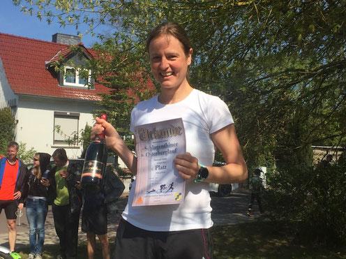 Stefanie Teske vom Schlagenthiner Team Fritz war schnellste Dame über sechs Kilometer. Foto: Alpha-Report