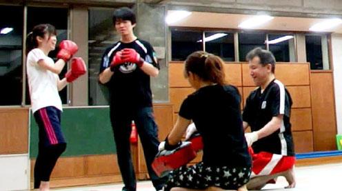 笑顔になれるキックボクシング練習会
