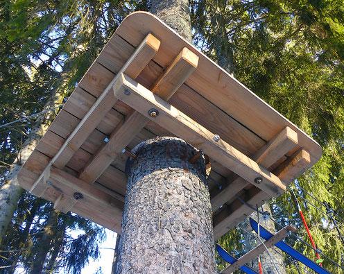 construction de plateforme de parc aventure accrobranche Clip'fil