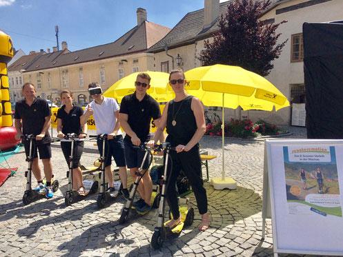 Scooter Roller Ausflüge in der Region Wachau ein tolles Erlebnis Touren in der Weinregion, an der Donau und in den Rieden, schöne Aussichten