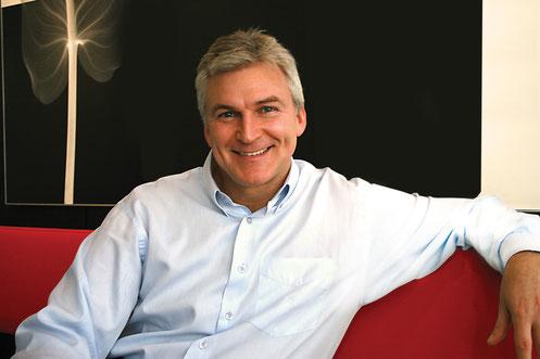 Dr. Paulo Maló, considerado el odontólogo más rico del planeta.