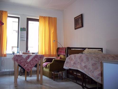 La résidence possède des chambres simples ou doubles pour les résidents.